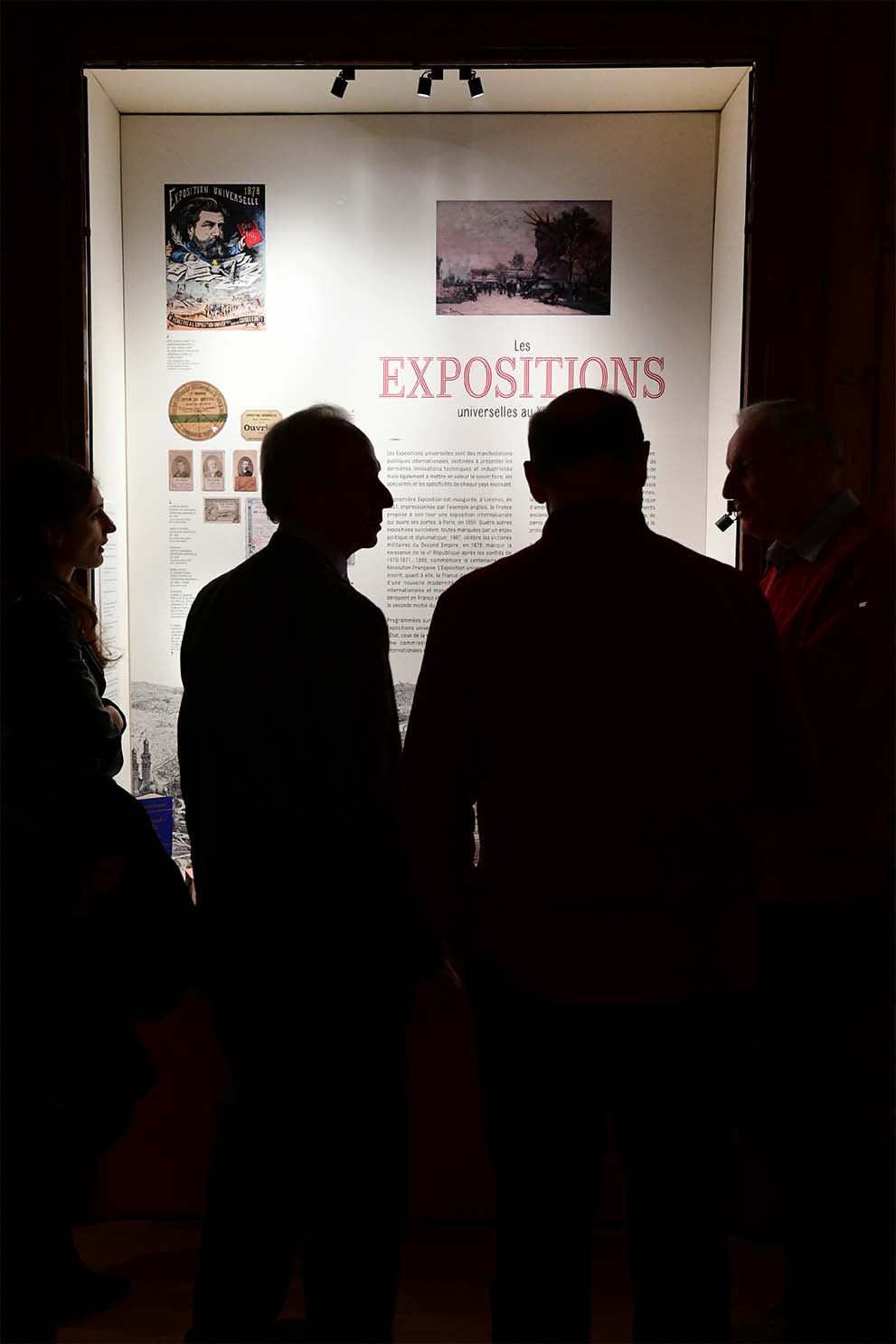 Corporate Friends® lighting at the Roybet Fould Museum in Courbevoie