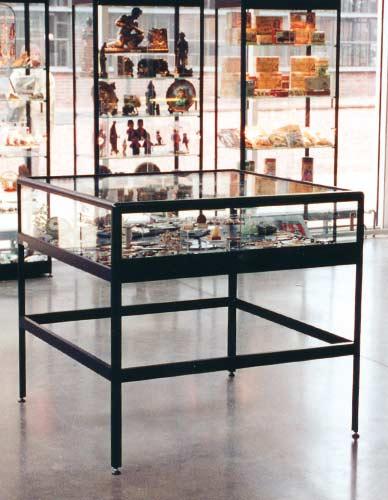 Table Showcase Prestige Sliding Doors