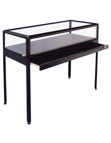 Table Showcase Prestige of Preservation